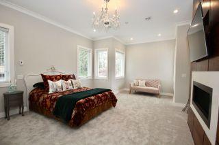 Photo 12: 5032 WALKER Avenue in Delta: Pebble Hill House for sale (Tsawwassen)  : MLS®# R2433027