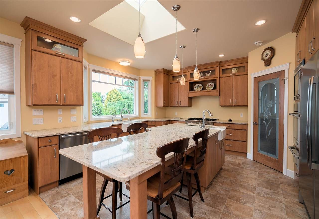 Photo 8: Photos: 6285 EDSON Drive in Sardis: Sardis West Vedder Rd House for sale : MLS®# R2277389