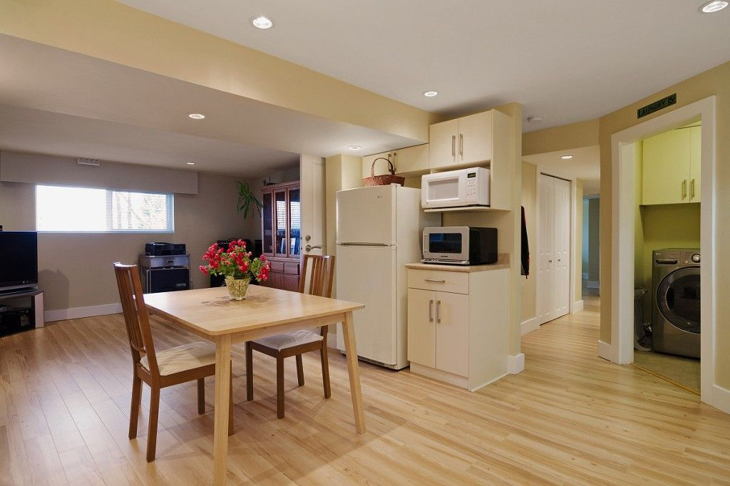 Photo 14: Photos: 2994 PASTURE Circle in Coquitlam: Ranch Park House for sale : MLS®# V1108393