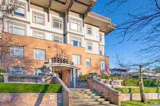 Photo 1: 406 2250 WESBROOK MALL in Vancouver: University VW Condo for sale (Vancouver West)  : MLS®# R2525411