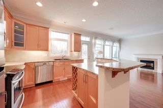 Photo 6: 6617 SANDIN Cove in Edmonton: Zone 14 House Half Duplex for sale : MLS®# E4227068