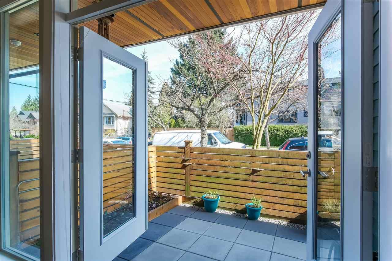 Photo 8: Photos: 3495 INVERNESS STREET in Vancouver: Knight Townhouse for sale (Vancouver East)  : MLS®# R2446835