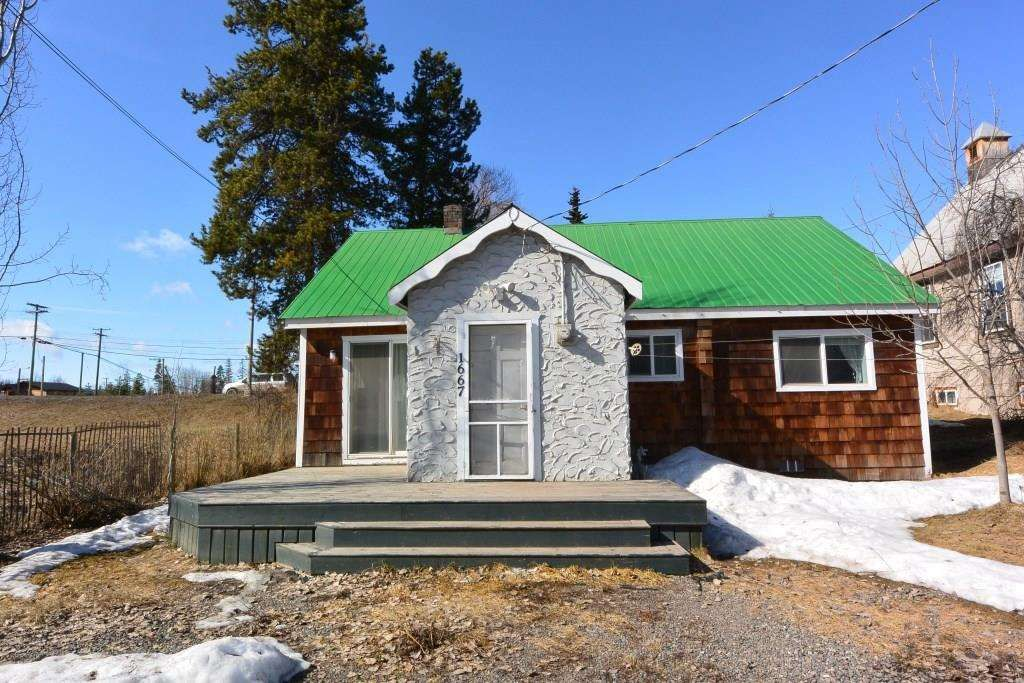 """Main Photo: 1673 16 Highway: Telkwa House for sale in """"Downtown Residential Commercial Mixed Use"""" (Smithers And Area (Zone 54))  : MLS®# R2557368"""