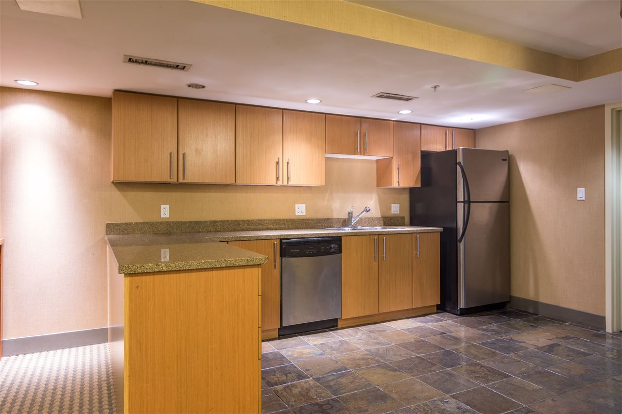 Photo 5: Photos: 3202 2138 MADISON AVENUE in Burnaby: Brentwood Park Condo for sale (Burnaby North)  : MLS®# R2413600