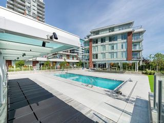 Photo 13: 905 60 Saghalie Rd in : VW Songhees Condo for sale (Victoria West)  : MLS®# 867036