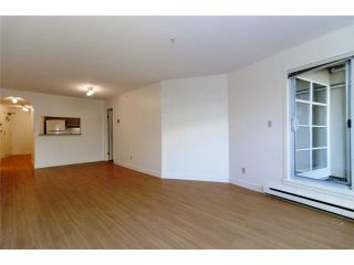 """Photo 4: 109 1210 W 8TH Avenue in Vancouver: Fairview VW Condo for sale in """"GALLERIA II"""" (Vancouver West)  : MLS®# V984022"""