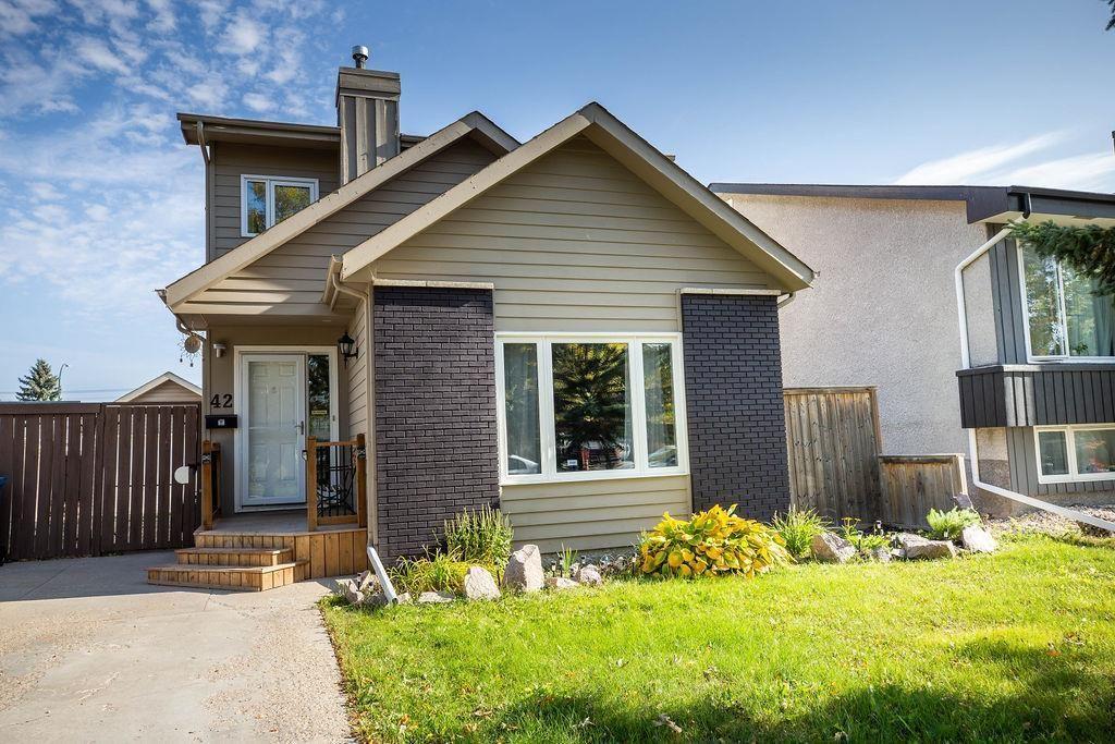 Main Photo: 42 Hearthwood Grove in Winnipeg: Riverbend Residential for sale (4E)  : MLS®# 202024281