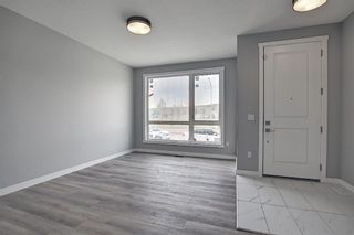 Photo 2: 7136 34 Avenue NW in Calgary: Bowness Detached for sale : MLS®# A1119333