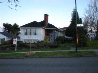 Photo 2: 3006 E 2ND AV in Vancouver: Renfrew VE House for sale (Vancouver East)  : MLS®# V877852