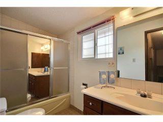 Photo 16: 20 VARSDALE PL NW in Calgary: Varsity House for sale : MLS®# C4083718