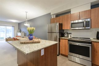 """Photo 11: 403 1661 FRASER Avenue in Port Coquitlam: Glenwood PQ Townhouse for sale in """"Brimley Mews"""" : MLS®# R2547469"""