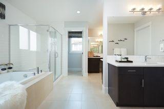 Photo 18: 2712 202 Street in Edmonton: Zone 57 House for sale : MLS®# E4265922