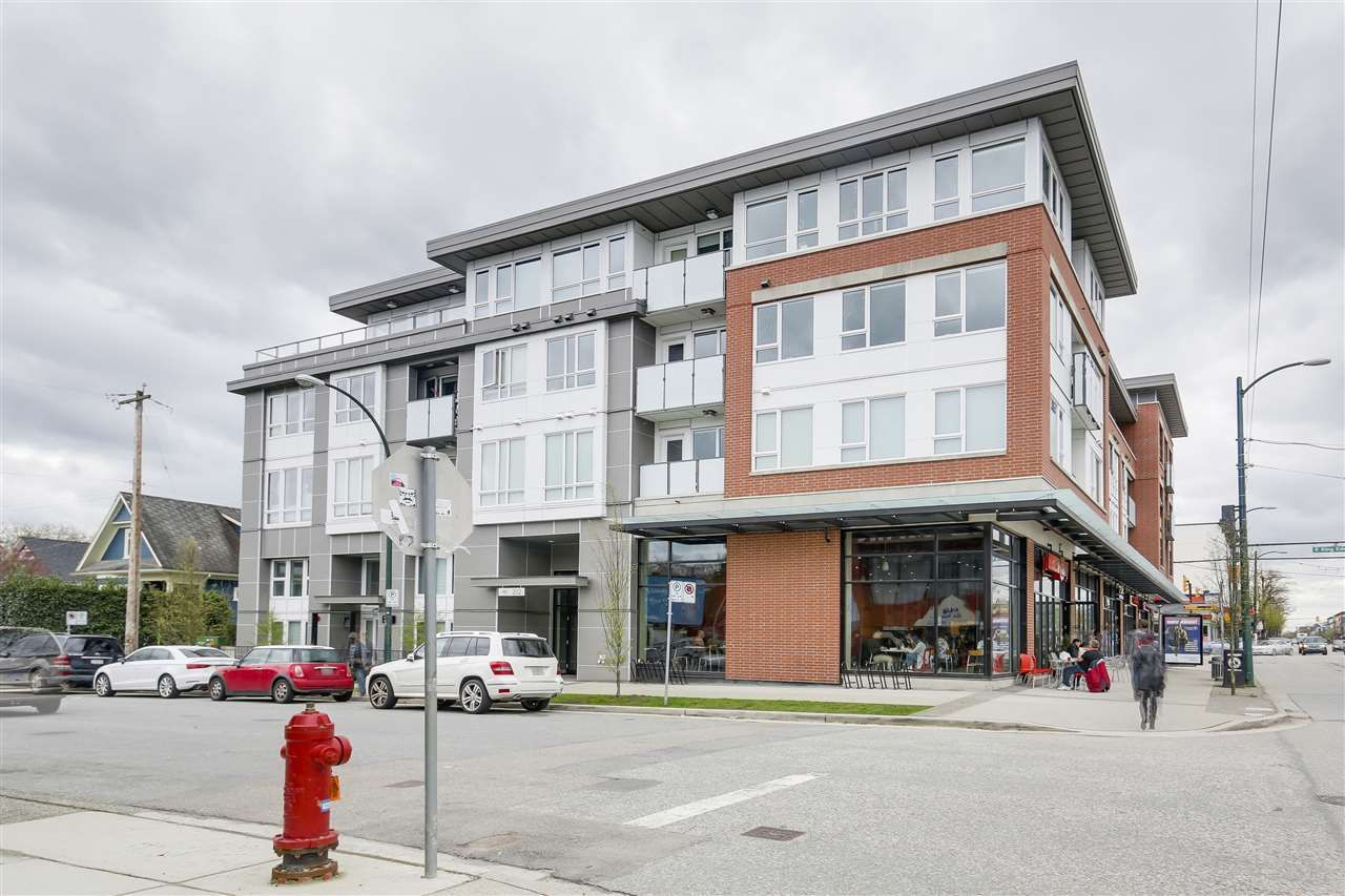 "Main Photo: 311 202 E 24TH Avenue in Vancouver: Main Condo for sale in ""BLUETREE ON MAIN"" (Vancouver East)  : MLS®# R2157224"