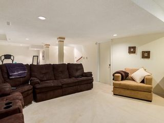 Photo 35: 2002 PUMP HILL Way SW in Calgary: Pump Hill Detached for sale : MLS®# C4204077