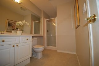 """Photo 10: 6 8555 209 Street in Langley: Walnut Grove Townhouse for sale in """"Autumnwood"""" : MLS®# R2326237"""