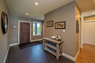 Photo 2: 35084 SWARD Road in Mission: Durieu House for sale : MLS®# R2103205