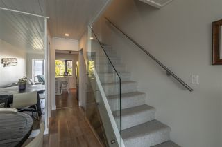 """Photo 11: 428 CROSSCREEK Road: Lions Bay Townhouse for sale in """"Lions Bay"""" (West Vancouver)  : MLS®# R2498583"""