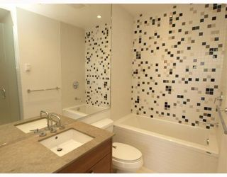 """Photo 8: 102 4375 W 10TH Avenue in Vancouver: Point Grey Condo for sale in """"VARSITY"""" (Vancouver West)  : MLS®# V748079"""