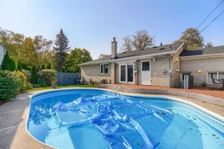 Photo 26: 1 Yewfield Crescent in Toronto: Banbury-Don Mills House (Bungalow) for lease (Toronto C13)  : MLS®# C4997589