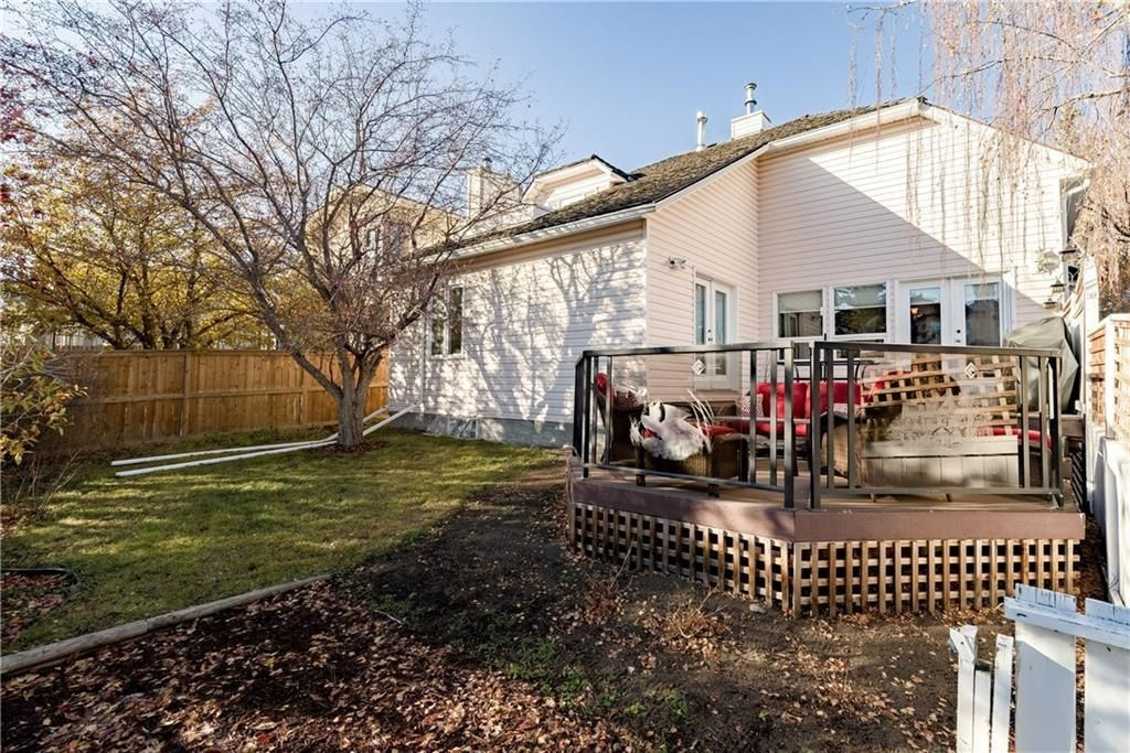 Photo 17: Photos: 248 WOOD VALLEY Bay SW in Calgary: Woodbine Detached for sale : MLS®# C4211183