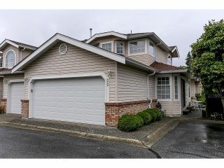 """Photo 1: 33 9168 FLEETWOOD Way in Surrey: Fleetwood Tynehead Townhouse for sale in """"The Fountains"""" : MLS®# F1414728"""