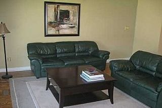 Photo 3: 7 FAREHAM CRES in TORONTO: Freehold for sale