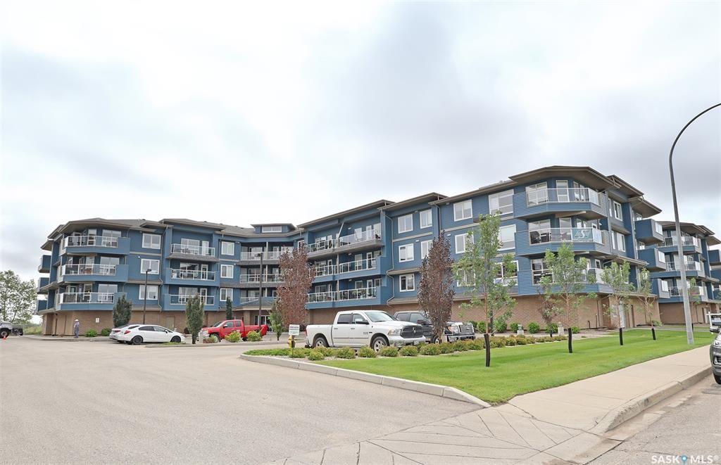 Main Photo: 108 2321 Windsor Park Road in Regina: Spruce Meadows Residential for sale : MLS®# SK867238