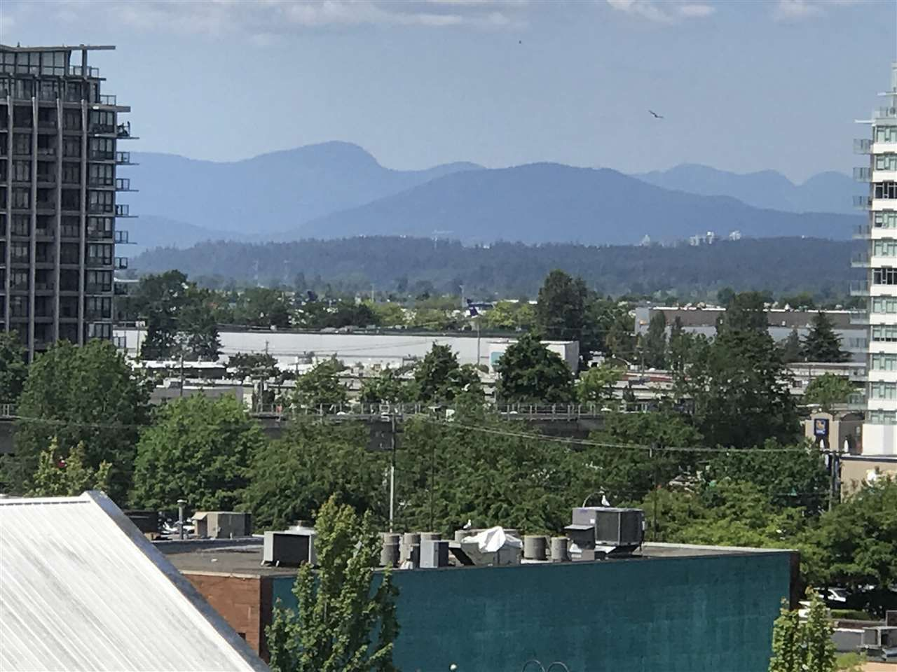 "Photo 5: Photos: 901 6119 COONEY Road in Richmond: Brighouse Condo for sale in ""ROSARIO GARDENS"" : MLS®# R2373184"