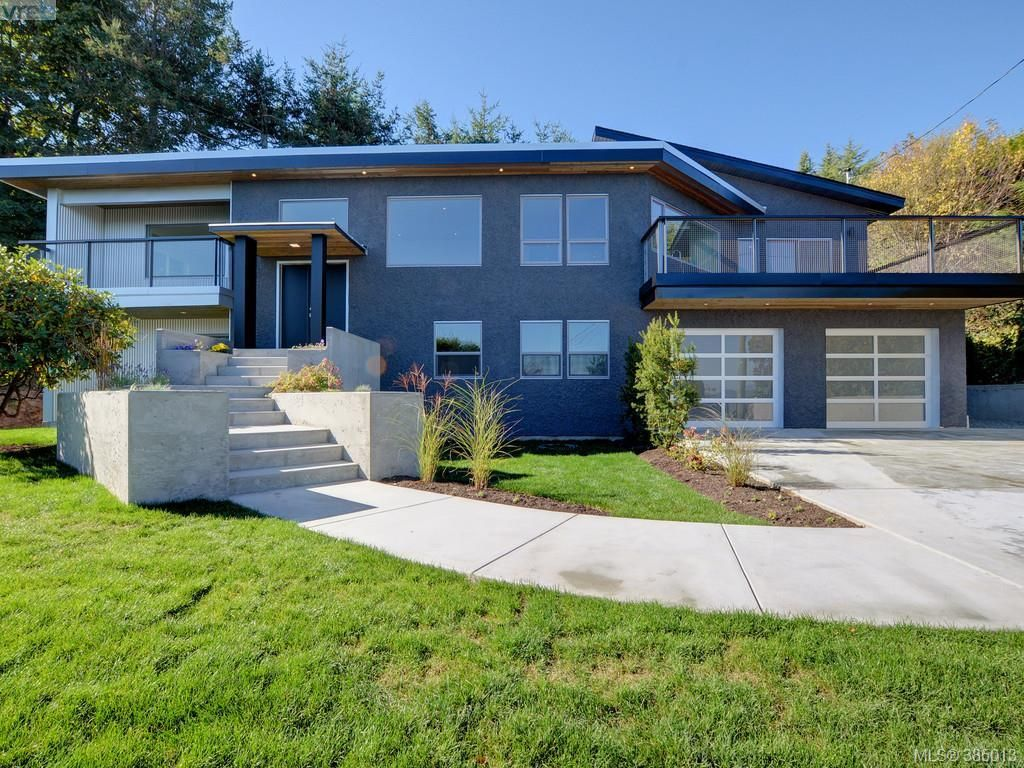 Main Photo: 5026 Sunrise Terr in VICTORIA: SE Cordova Bay House for sale (Saanich East)  : MLS®# 773873