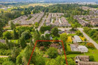 """Photo 3: 7245 210 Street in Langley: Willoughby Heights House for sale in """"SMITH PLAN"""" : MLS®# R2611042"""