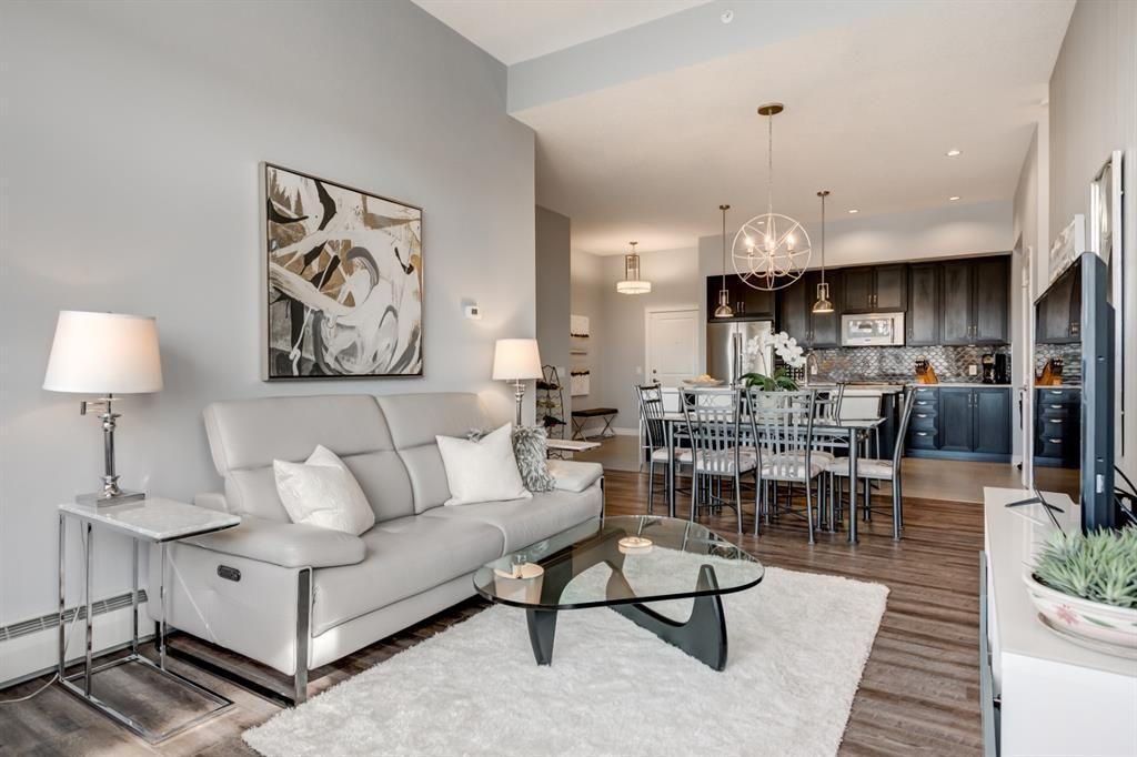 Photo 11: Photos: 312 39 Quarry Gate SE in Calgary: Douglasdale/Glen Apartment for sale : MLS®# A1103022