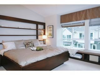 """Photo 12: 119 1480 SOUTHVIEW Street in Coquitlam: Burke Mountain Townhouse for sale in """"CEDAR CREEK"""" : MLS®# V1045909"""