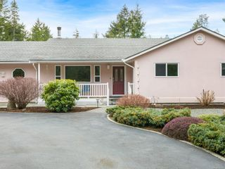 Photo 2: 1356 MEADOWOOD Way in : PQ Qualicum North House for sale (Parksville/Qualicum)  : MLS®# 869681