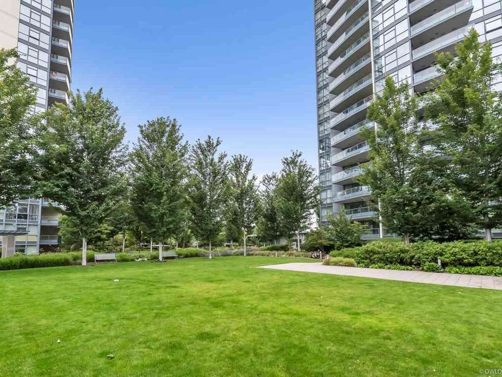 Photo 19: Photos: 1201 5611 GORING STREET in Burnaby: Central BN Condo for sale (Burnaby North)  : MLS®# R2431529