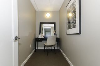 """Photo 11: 405 12 ATHLETES Way in Vancouver: False Creek Condo for sale in """"KAYAK"""" (Vancouver West)  : MLS®# R2236470"""
