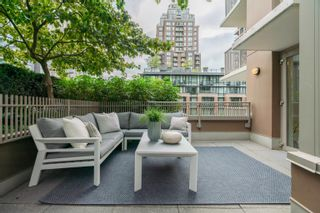 """Photo 7: 606 1055 RICHARDS Street in Vancouver: Downtown VW Condo for sale in """"The Donovan"""" (Vancouver West)  : MLS®# R2617881"""