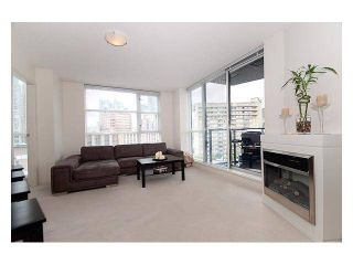 Photo 5:  in Vancouver: Downtown Condo for rent : MLS®# AR032A