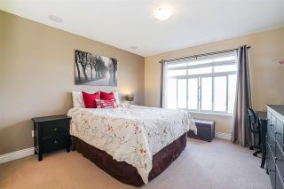 Photo 32: 11 19330 69 Avenue in Surrey: Clayton Townhouse for sale (Cloverdale)  : MLS®# R2209747