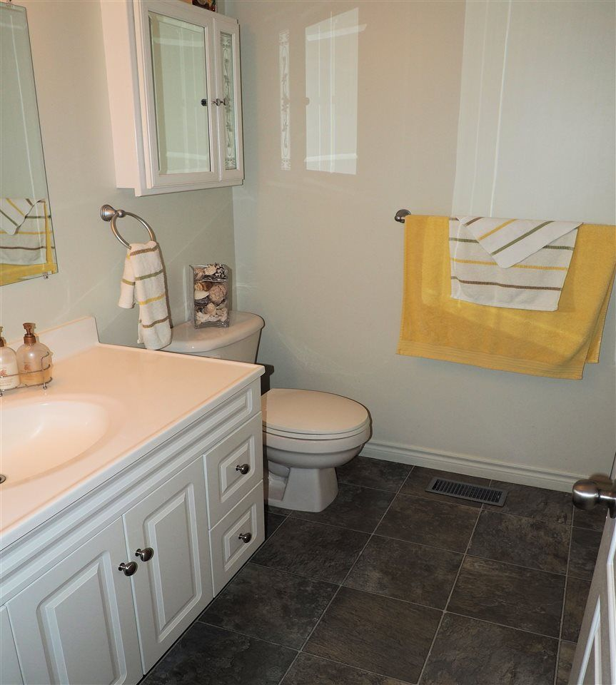 Photo 10: Photos: 4645 ROBSON Avenue in Prince George: Foothills House for sale (PG City West (Zone 71))  : MLS®# R2143048