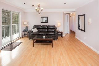 "Photo 4: 313 2130 MCKENZIE Road in Abbotsford: Central Abbotsford Condo for sale in ""Mckenzie Place"" : MLS®# R2152833"