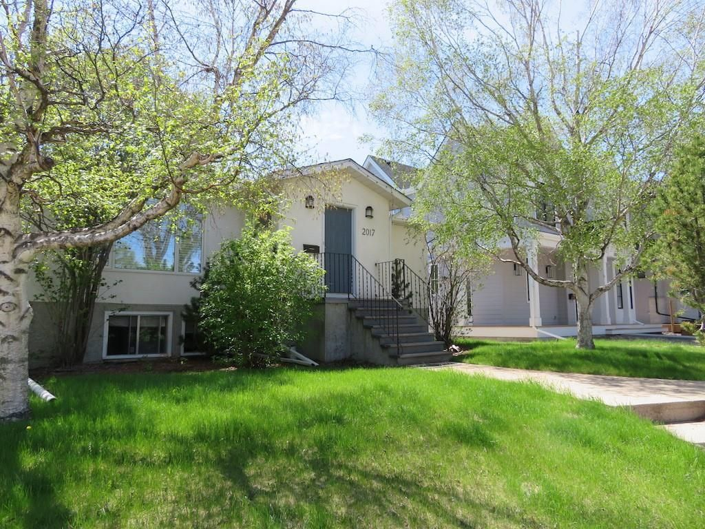 Main Photo: 2017 56 Avenue SW in Calgary: North Glenmore Park Detached for sale : MLS®# C4299266