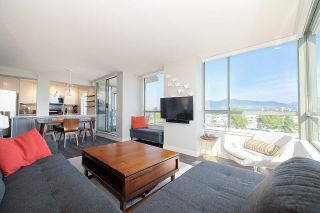 """Photo 2: 603 2288 PINE Street in Vancouver: Fairview VW Condo for sale in """"The Fairview"""" (Vancouver West)  : MLS®# R2303181"""
