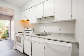 """Photo 9: 15 10585 153 Street in Surrey: Guildford Townhouse for sale in """"GUILDFORD MEWS"""" (North Surrey)  : MLS®# R2599405"""
