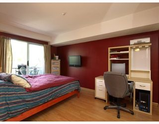 """Photo 7: 303 789 W 16TH Avenue in Vancouver: Fairview VW Condo for sale in """"SIXTEEN WILLOWS"""" (Vancouver West)  : MLS®# V774177"""