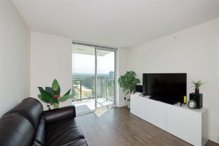 "Photo 13: 2502 3007 GLEN Drive in Coquitlam: North Coquitlam Condo for sale in ""Evergreen"" : MLS®# R2389564"