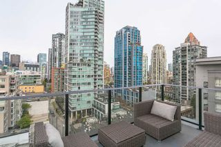 """Photo 1: 1106 1325 ROLSTON Street in Vancouver: Downtown VW Condo for sale in """"THE ROLSTON"""" (Vancouver West)  : MLS®# R2265814"""