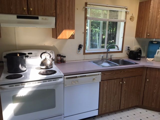 """Photo 7: Photos: 5257 MCKEE Road in Quesnel: Quesnel - Rural North Manufactured Home for sale in """"10 MILE LAKE/MOOSE HEIGHTS"""" (Quesnel (Zone 28))  : MLS®# R2378890"""