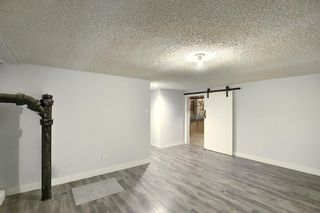 Photo 35: 32 Varcrest Place NW in Calgary: Varsity Detached for sale : MLS®# A1060707