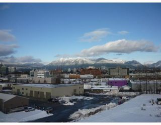 """Photo 10: 305 336 E 1ST Avenue in Vancouver: Mount Pleasant VE Condo for sale in """"ARTECH"""" (Vancouver East)  : MLS®# V749189"""