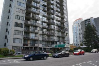 Photo 1: 306 620 SEVENTH Avenue in New Westminster: Uptown NW Condo for sale : MLS®# R2221057